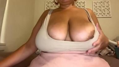 Huge boobs granny fingering her fat pussy pov cam