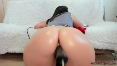 Fuck machine spreading her anal