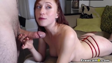 Brunette Give Wet and Sloppy Blowie