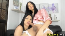 Two Hot Naughty Shemale Sucking Live on Cam