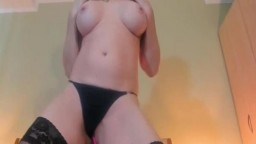 Amazing Matured Lady And Her Fetish Performance Live