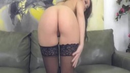 Carnal Lady Eaten By A Hottie And Finger Herself Live