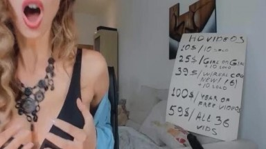 Engaging Busty Babe Engaged To A Sizzling Performance Live