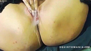 Mature Orgasm and Squirting Very Creamy Cunt