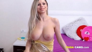 Hot Blonde with Big Natural Boobs Playing Online