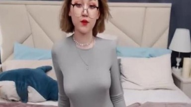 Brunette Babe Seductive Strip Sexy Show