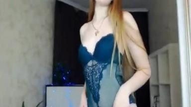 Blonde Babe Scandalous Sexy Performance